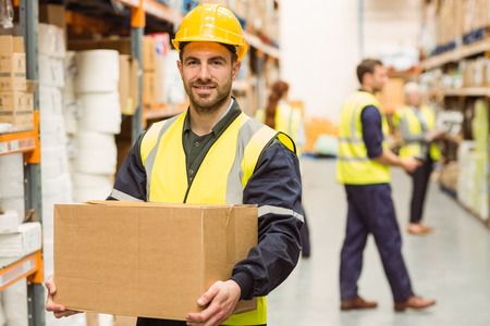 How Warehouse Staffing Agencies Can Help During Peak Periods